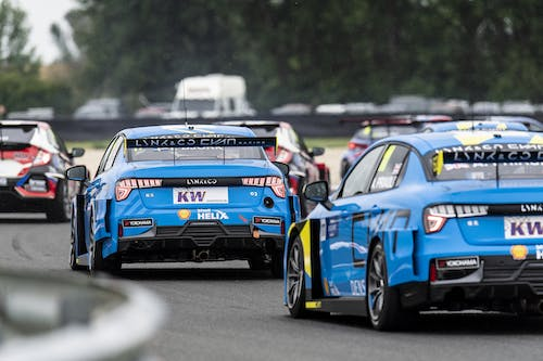 ​Lynk & Co Cyan Racing salvages points from tough WTCR weekend in Slovakia