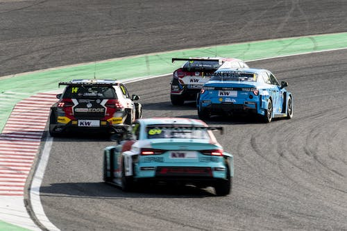 Flash report: Thed Björk claims vital points with fifth in race two