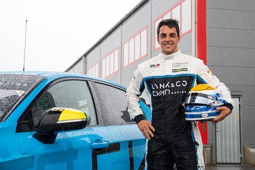 ​Santiago Urrutia joins Lynk & Co Cyan Racing for the 2020 WTCR season