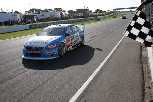 Scott McLaughlin claims double pole and win at Phillip Island