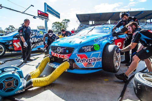 Sandown 500 starts endurance races of 2015 V8 Supercars