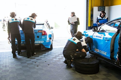 VIDEO: Getting ready for the FIA World Touring Car Championship
