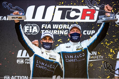 ​Thed Björk crowns strong WTCR weekend in Spain with victory