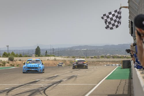 Thed Björk defies struggles in Spain to claim first WTCR podium of 2021